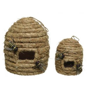 Beehive with hanger